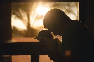 W pierwszej kolejności do zachowku uprawniony jest małżonek zmarłego i jego dzieci.